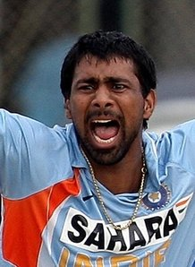 PraveenKumar 150x150 World Cup 2011 – Indian Team: Praveen Kumar - PraveenKumar